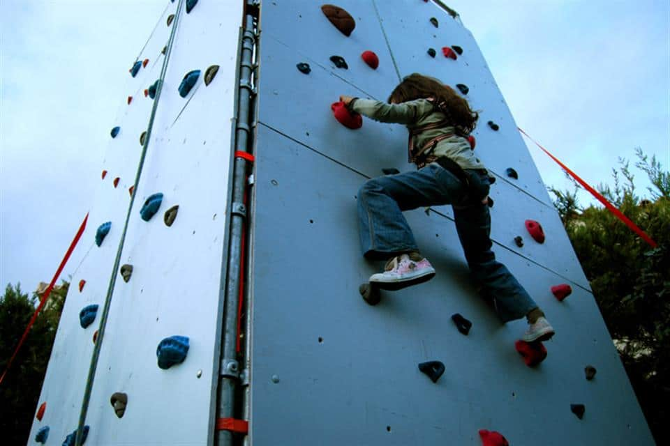 Products55-climbing_wall_02_by_airgame-8586508650305010337-g6